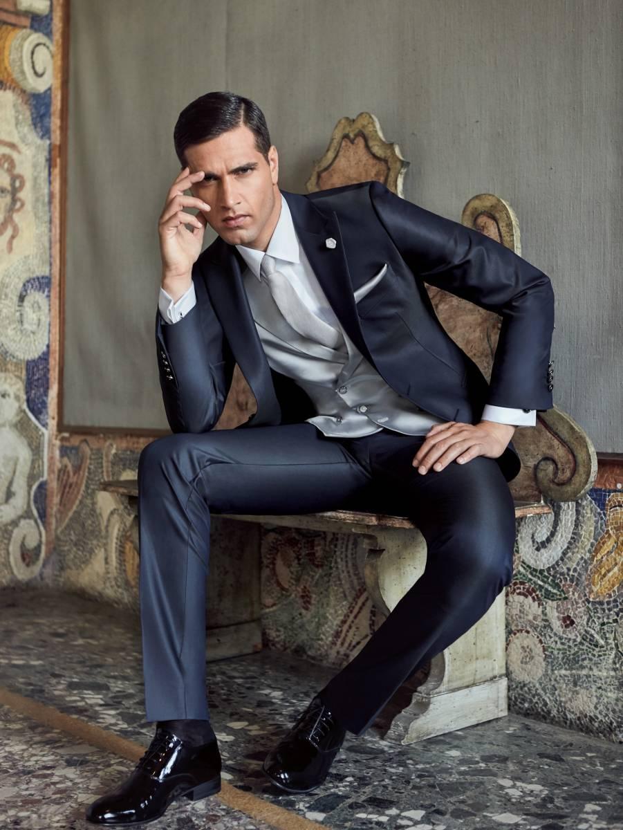 ou acheter un costume homme marseille centre ville pr s. Black Bedroom Furniture Sets. Home Design Ideas