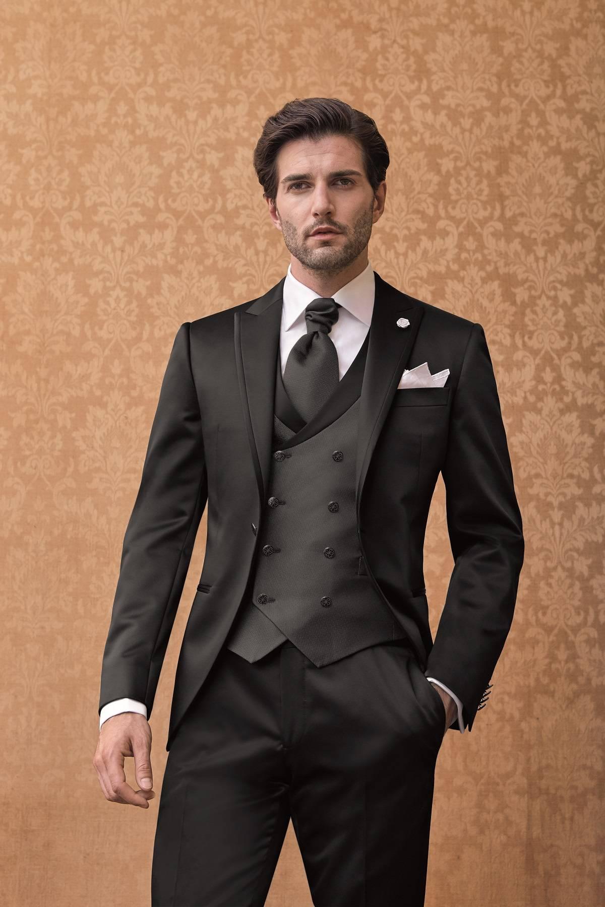 Costume homme pour mariage et cérémonie Marseille - Espace Homme ... 325f87681ad